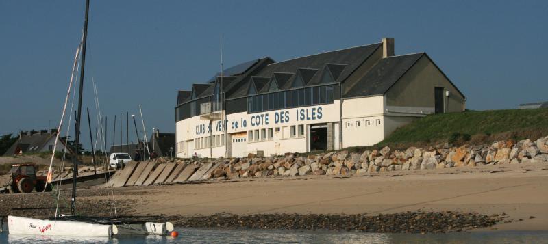 Ecole de Voile en Côte des Isles